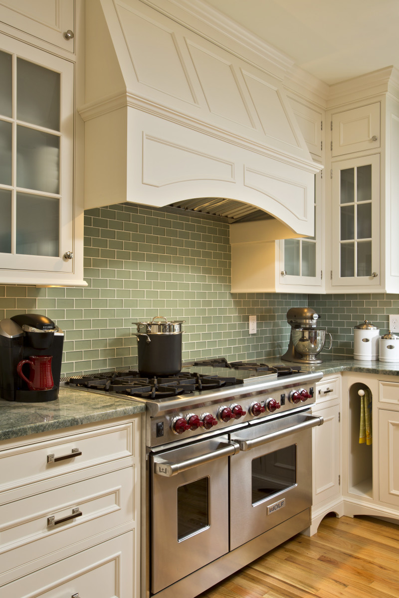To Avoid Overing This Cozier Kitchen Teakwood Created Elegant Utrusive Millwork Hide The