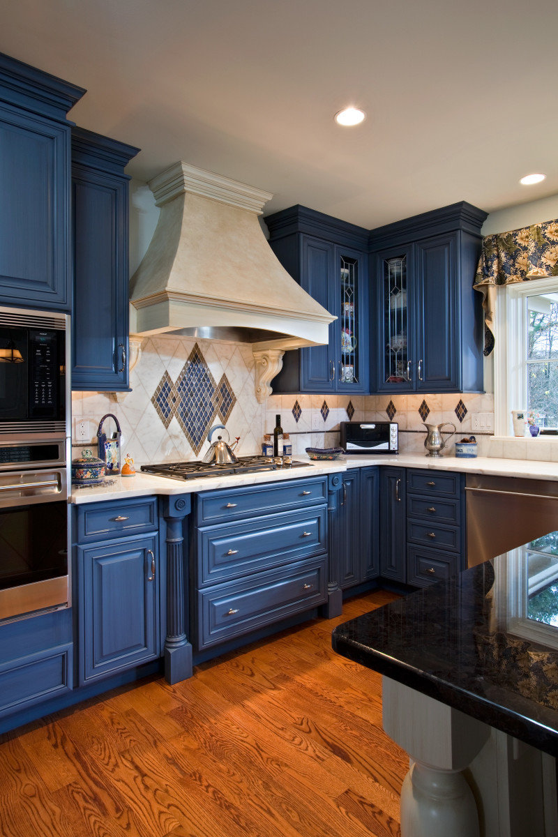 Painted blue millwork kitchen design | Teakwood Builders