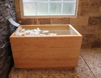 japanese-soaking-tub-hinoki-wood-ofuro